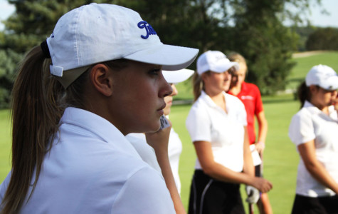 LC Girls Golf Focused Before Sectionals
