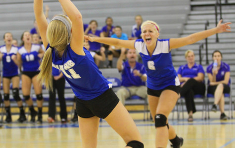 Girls Volleyball Defeats Top Ranked Competitor