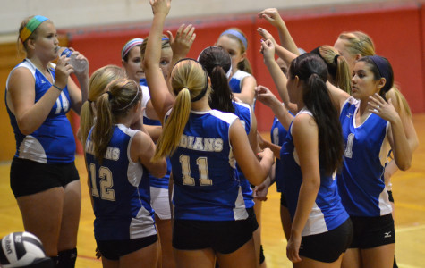 Freshman Volleyball Wins First Game