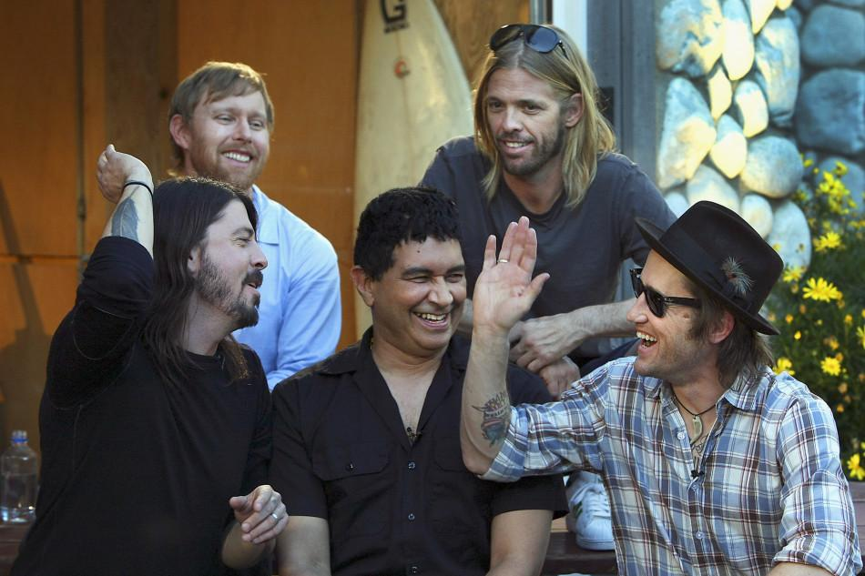 Foo+Fighters+create+their+eighth+album%2C+titled+Sonic+Highways.+The+new+album+documents+famous+recording+studios+throughout+the+country.+