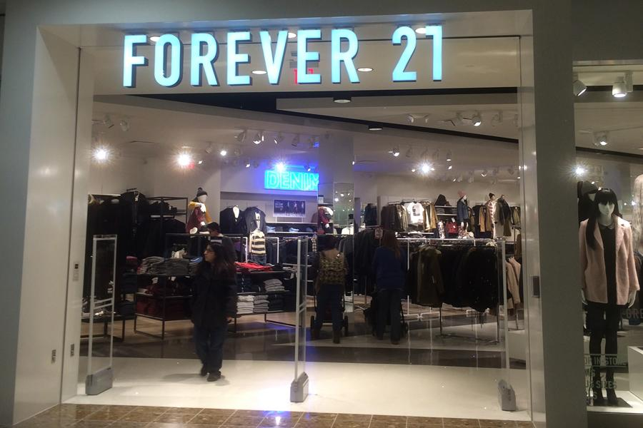 Forever 21 comes to Lake County. Forever 21 is fashion retail targeting young men and women.