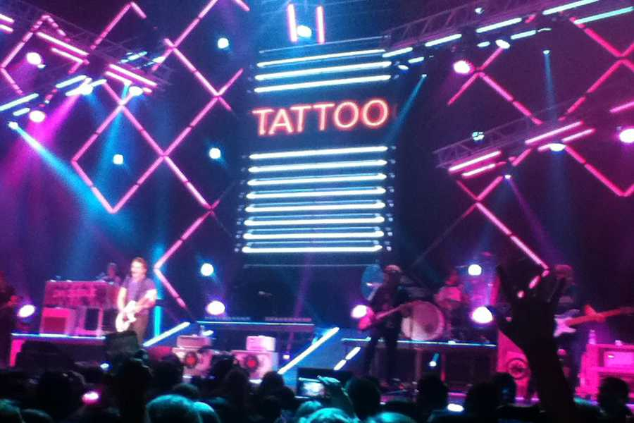 Tattoo+Your+Name+Tour+Stage+Setup%0A