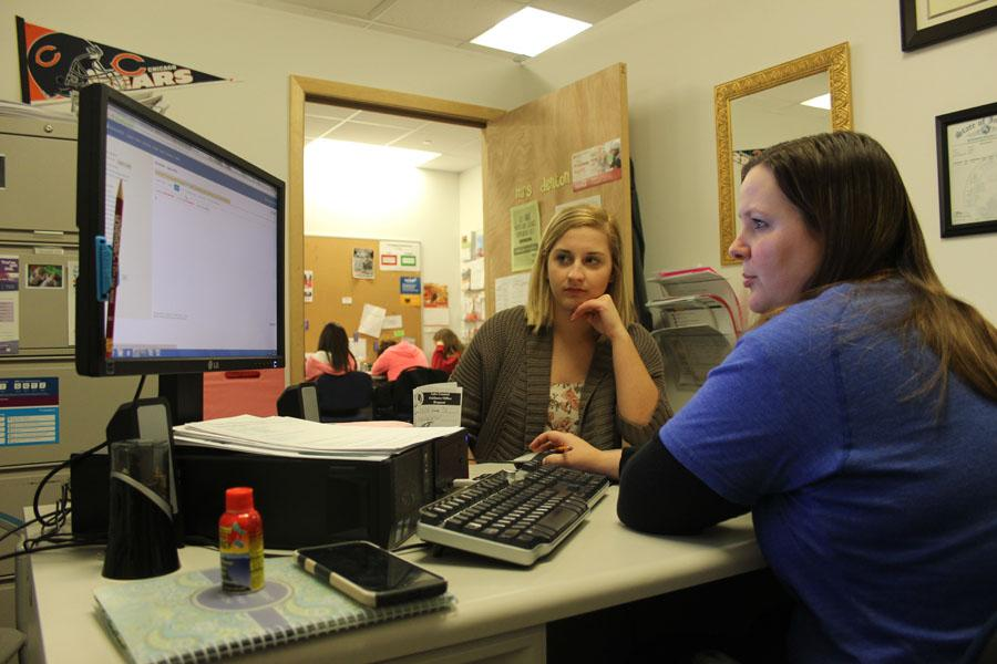 Mrs. Denton and Gina DiNino (12) chat in the guidance room. It is very important to take scheduling seriously for your future. Photo by: Hannah Bryner