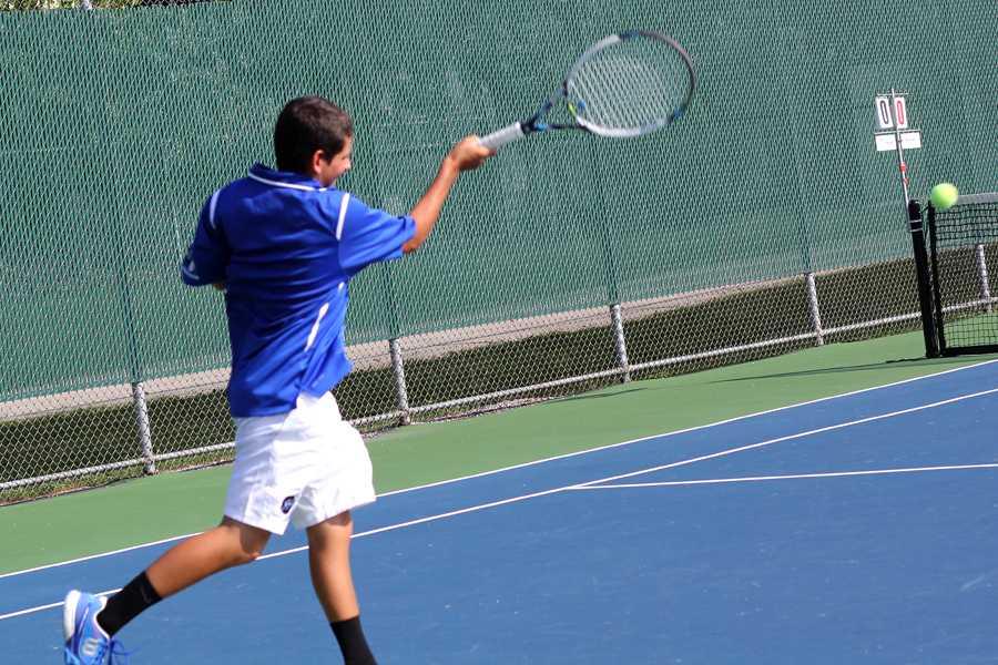 9-3+varsity+boys+tennis+zachary+6