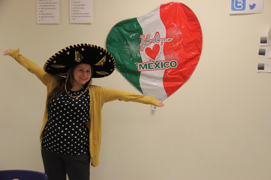 Miss+Amelia+Dudzik%2C+World+Language%2C++models+one+of+her+sombreros.+Prior+to+teaching+at+LC%2C+Miss+Dudzik+spent+time+at+Lowell+High+School.