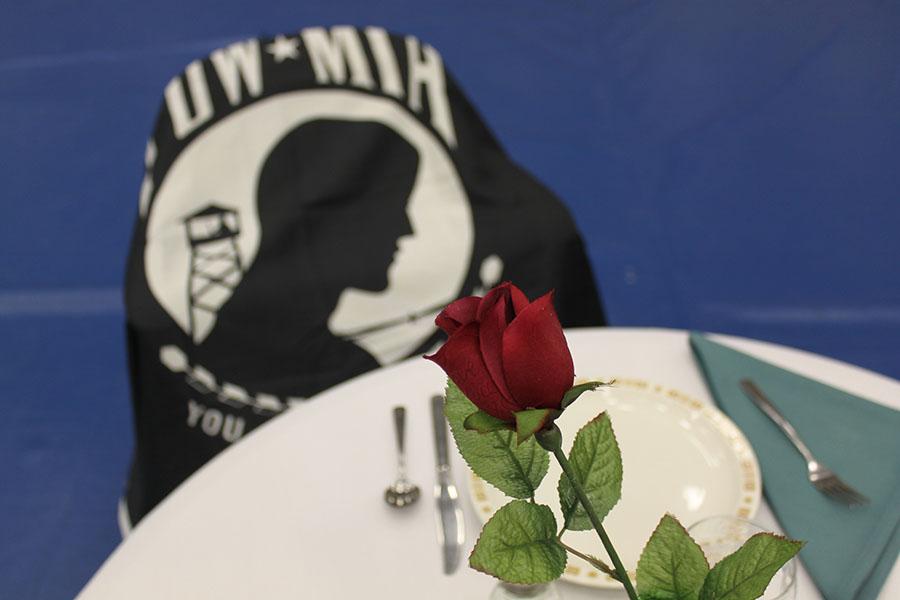 11.12.15-VeteransDayAssembly-Hearne1