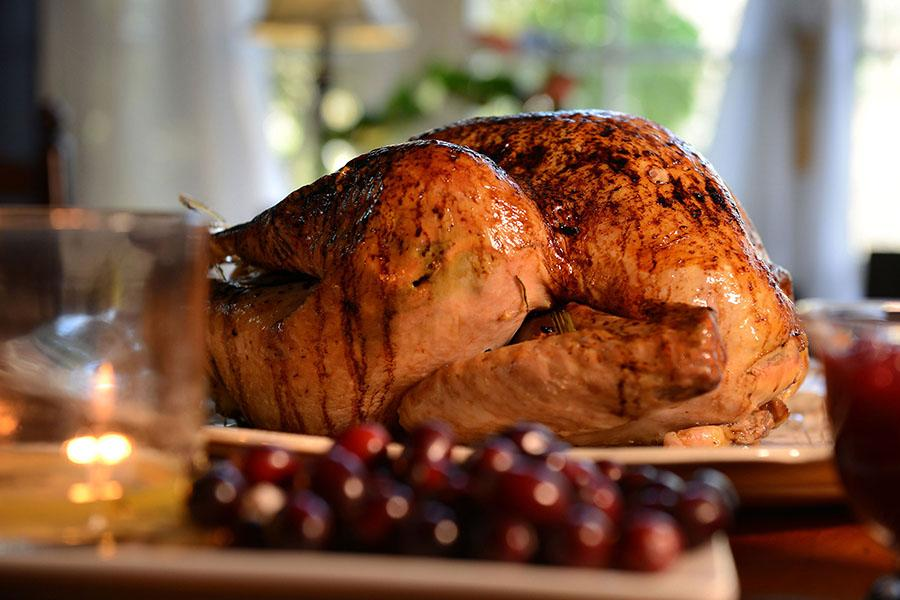 Follow+these+tips+to+be+sure+your+turkey+makes+it+to+the+table+safely.+Used+with+limited+license%3A+Steve+Mellon%2FPittsburgh+Post-Gazette%2FTNS