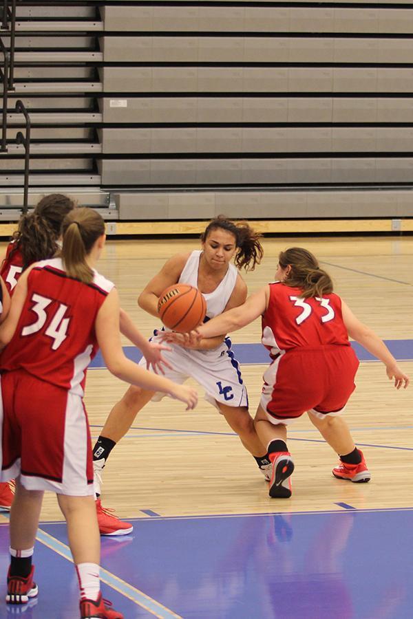 12-14-15-FreshmanGirlsBasketball-Brann-5