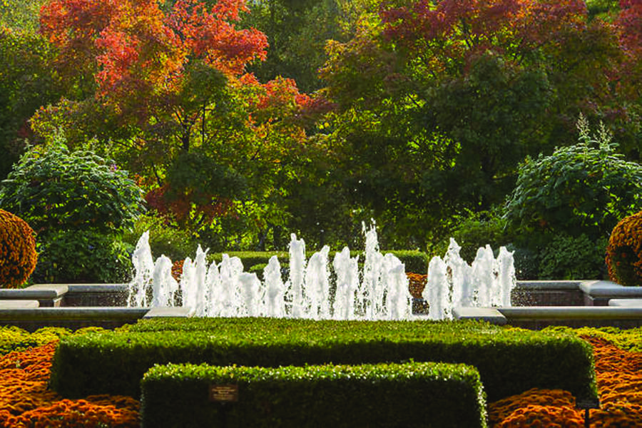 The Chicago Botanic Garden is the location of the Antiques, Garden and Design Show.  The show will be held on April 3. (Photo courtesy of Chicago Botanic Garden).