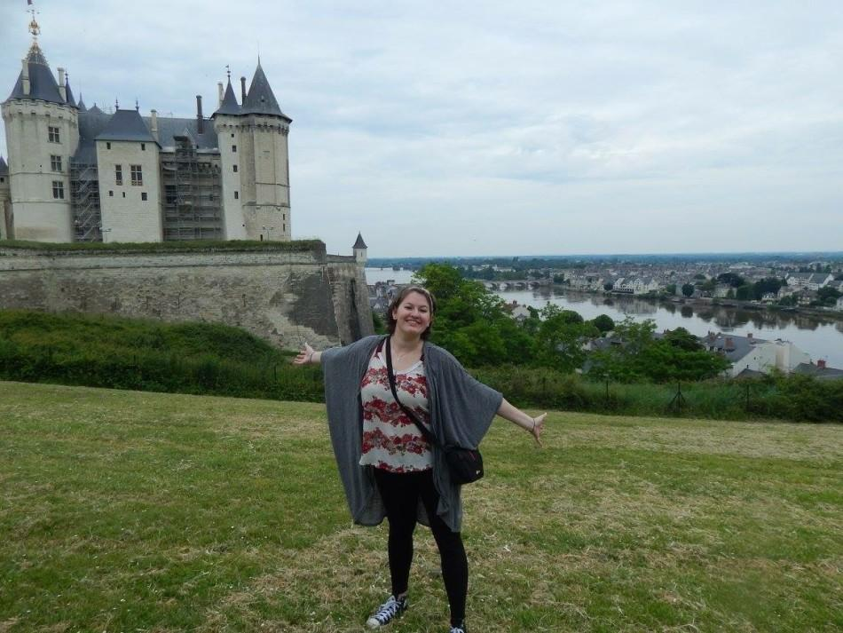 Nadia+Magnabosco+%2812%29+poses+in+front+of+the+Castle+of+Saumur.+Magnabosco+was+in+France+for+over+a+month.%0A