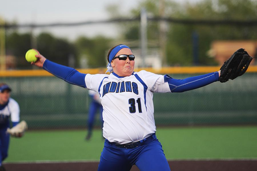 Jenna+Towle+%2810%29+throws+a+pitch.+She+started+pitching+during+the+second+half+of+the+game+against+Penn.+%0A%0A