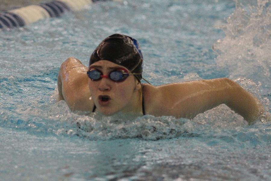 Matilda+Geyer+%289%29+swims+in+the+butterfly+event.+This+is+Geyer%E2%80%99s+first+year+with+the+highschool+team+and+she+plans+to+continue+swimming+with+the+team.+