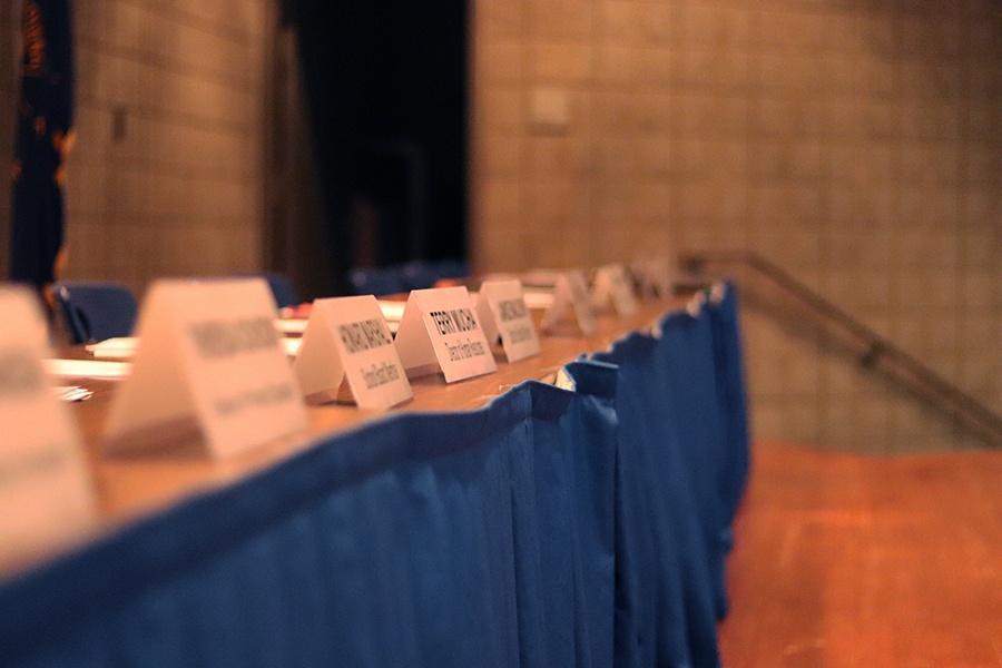 The+names+of+the+School+Board+members+are+placed+for+the+Feb.+4+school+board+meeting.+The+board+last+met+on+Jan.+7.++