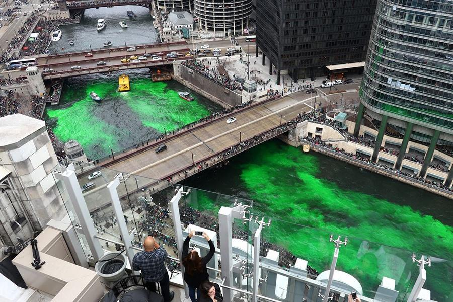 The+Chicago+River+is+being+dyed+green+for+the+St.+Patrick%E2%80%99s+Day.+St.+Patrick%E2%80%99s+day+fell+on+a+Saturday+during+the+2019+year.++Image+Source%3A+Bilgin+S.+Sasmaz%2FGetty+Images