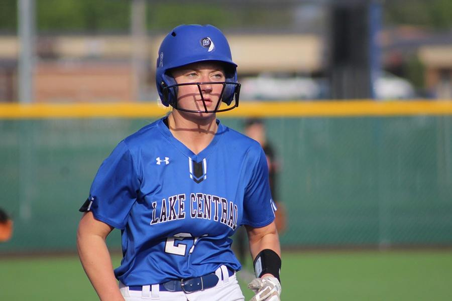 Morgan+Hoppe+%2811%29+sprints+around+the+bases+after+batting.+The+team+won+10-0+against+La+Porte+high+school+on+Wednesday%2C+May+8.
