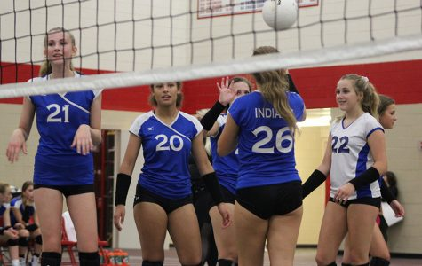 Freshman girls' volleyball game remains undefeated after game against Crown Point