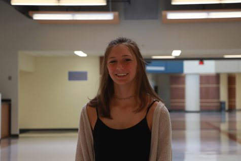 Photo of Liz Schallmo