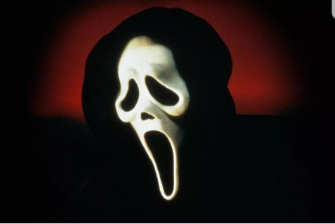 The Scream movies are a great way to spend a Halloween night. Produced in 1996, Scream was a unique movie of its time.