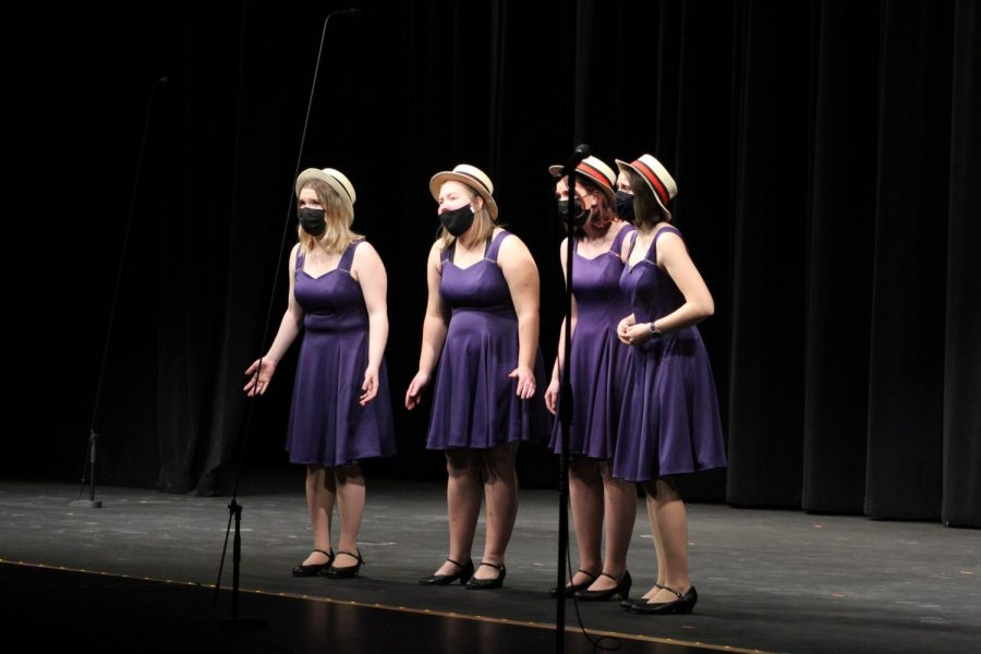 The last performance is a Barbershop Quartet. They ended the concert with one song.