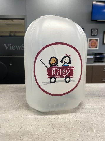 The main office is currently accepting donations for the fundraiser for Riley's Children's Foundation. Students both praised and criticized the strategy to raise money by playing loud music in the hallway.