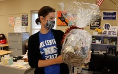 Teachers, staff given gift baskets for maintaining control during Septembers lockdown